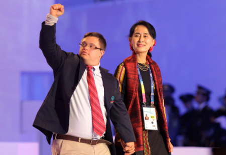 Ariel Ary, left, with Aung San Suu Kyi at the Opening Ceremony of the 2013 Pyeongchang Special Olympics World Winter Games  (Photo by Chung Sung-Jun/Getty Images AsiaPac)