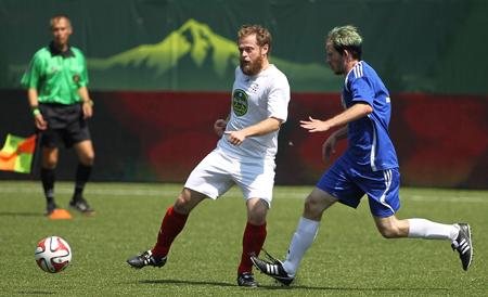 MLS-action-450