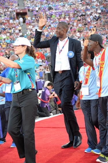 dikembe and DRC parade of athletes